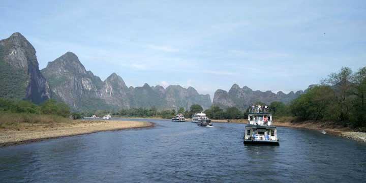 Li-Fluss- Ausflugsschiff