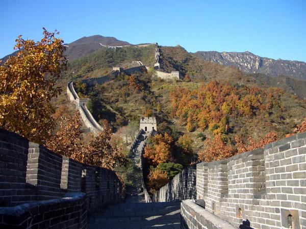 Die Große Mauer in Mutianyu im Herbst