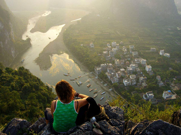 https://de.topchinatravel.com/pic/stadt/guilin/attractions/lao-zhai-shan-hill-05.jpg