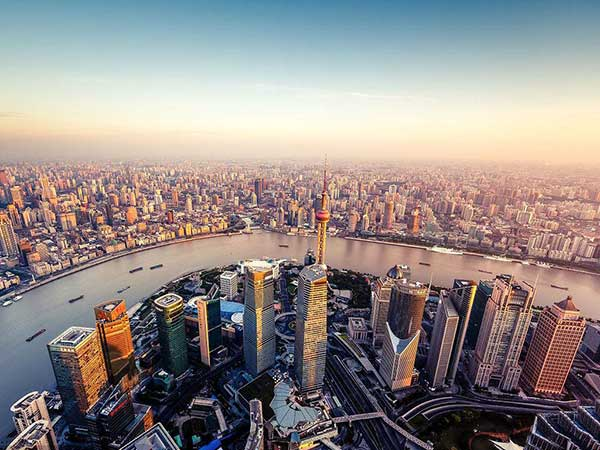 https://de.topchinatravel.com/pic/stadt/shanghai/attractions/Rio-Huangpu-02.jpg