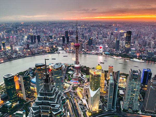 https://de.topchinatravel.com/pic/stadt/shanghai/attractions/lujiazui-06.jpg