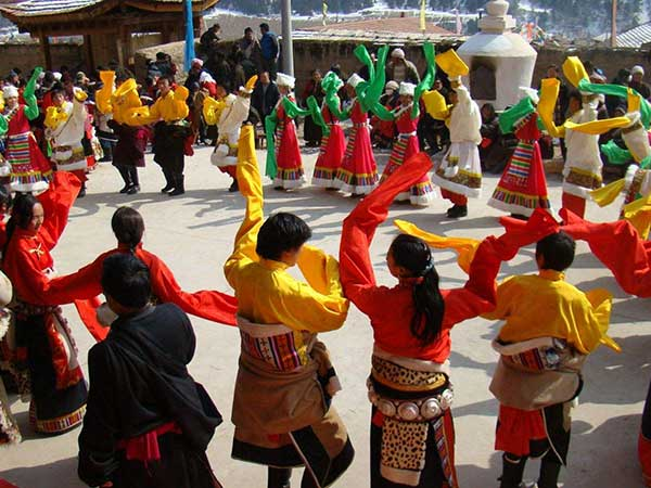https://de.topchinatravel.com/pic/stadt/tibet/fiesta/ano-nuevo-tibetano-01.jpg