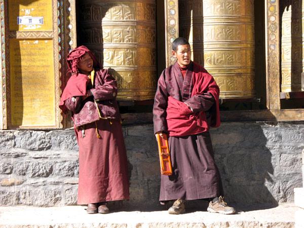 https://de.topchinatravel.com/pic/stadt/tibet/shigatse/attractions/Sakya-Monastery-5.jpg