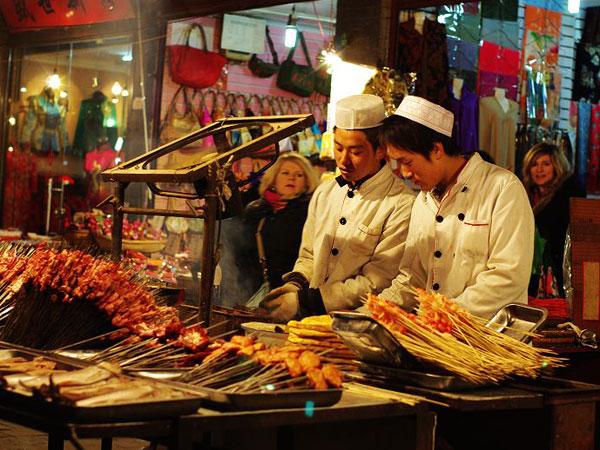 https://de.topchinatravel.com/pic/stadt/xian/attractions/Muslim-Street-6.jpg