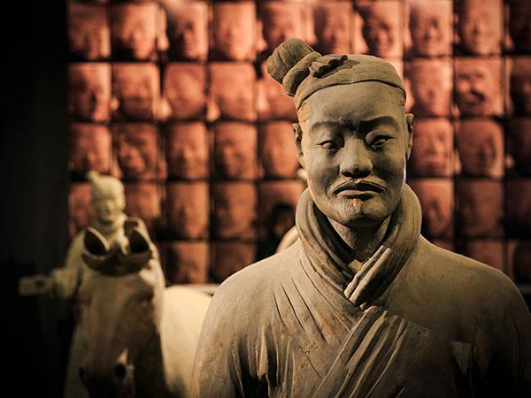 https://de.topchinatravel.com/pic/stadt/xian/attractions/qin-terracotta-army-10.jpg