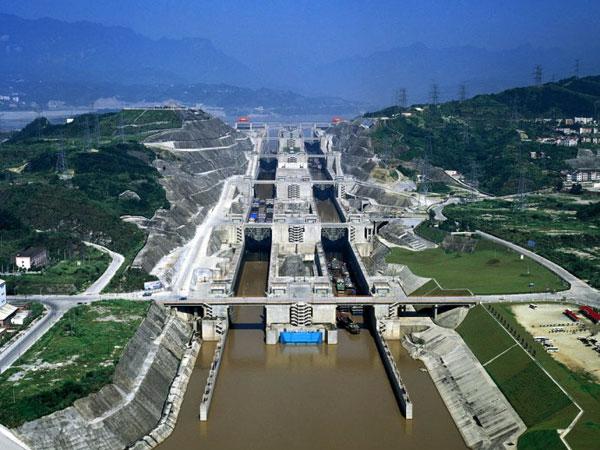 https://de.topchinatravel.com/pic/stadt/yangtze-river/attractions/three-gorges-dam-18.jpg