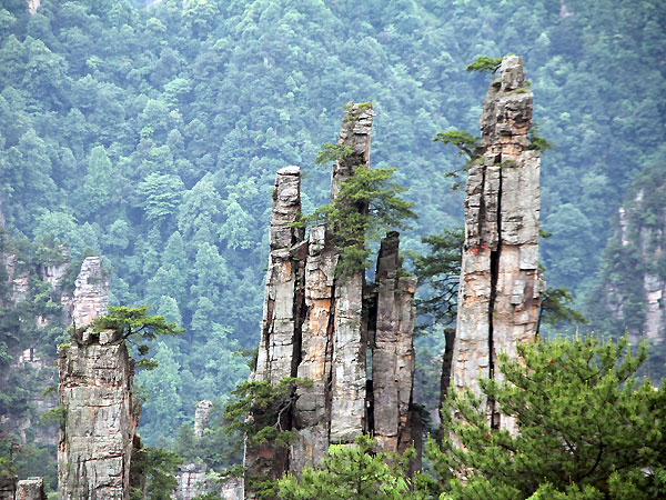 https://de.topchinatravel.com/pic/stadt/zhangjiajie/attractions/tianzi-mountain-3.jpg